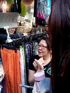 李小姐:「係會少用膠袋,估計七成到。」(黃愷恩)